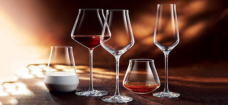 питьевое стекло, бар